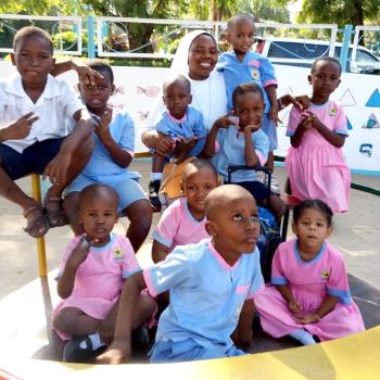 Suor Ernesta e i bambini350